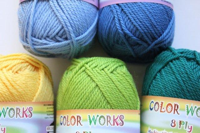 Colorworks 8ply fine merino wool - lime 408