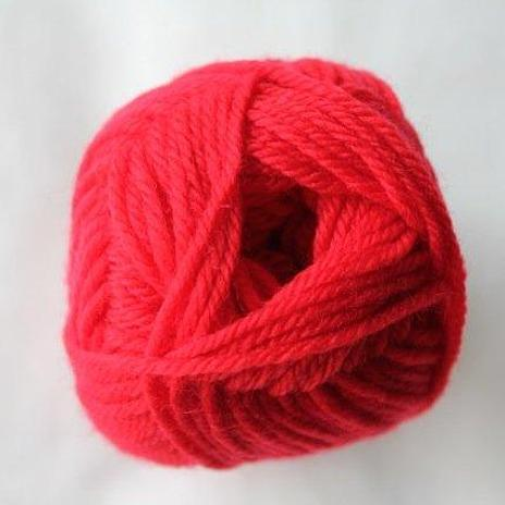Loyal 8ply (DK) - cherry red 930