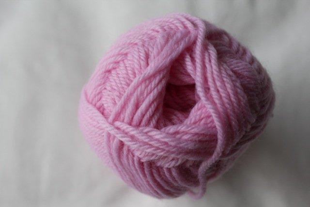 Loyal 8ply (DK) - pale pink 917