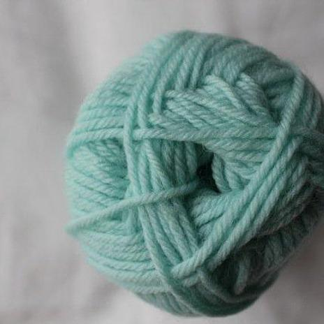 Loyal 8ply (DK) - pale blue green 932