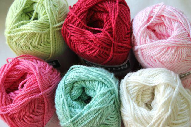 Heirloom Cotton 8ply -red 613