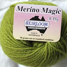 Heirloom Merino Magic - olive 235