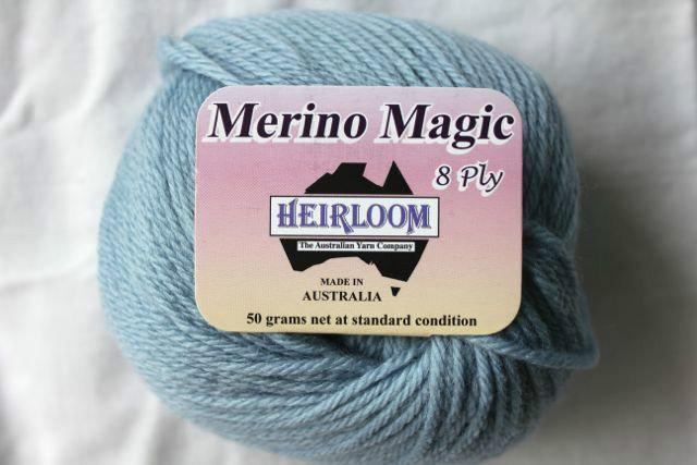 Heirloom Merino Magic - ice blue 229