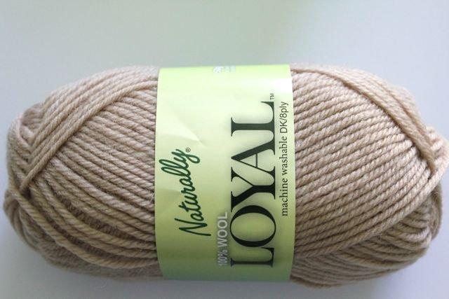 Loyal 8ply (DK) - pale brown 937