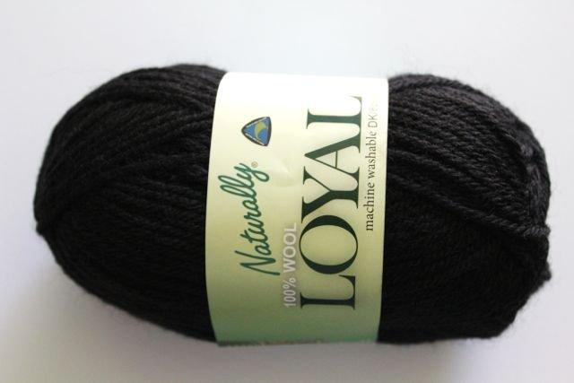 Loyal 8ply (DK) - black 907