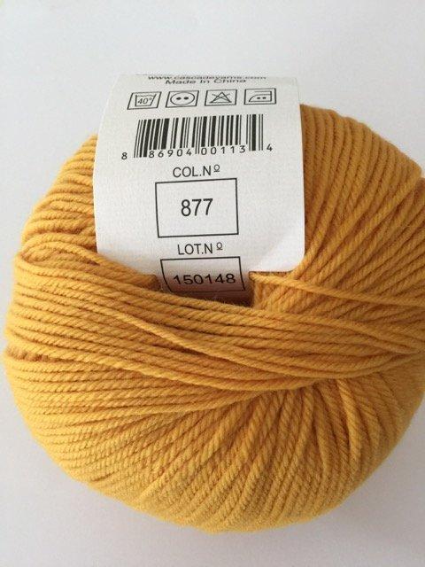 220 Superwash - Golden 877