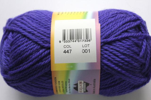 colorworks 8ply fine merino wool - ultramarine 447