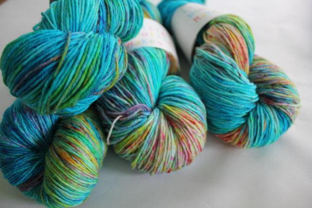 Little Woollie Makes Handpainted 4ply merino - Edge of the Reef
