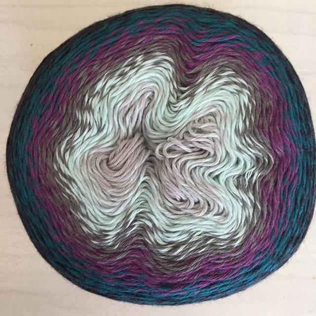 Scheepjes Whirl - Blackcurrant Squeeze Me 773