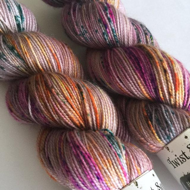 Hedgehog Fibres Twist Sock - Iris
